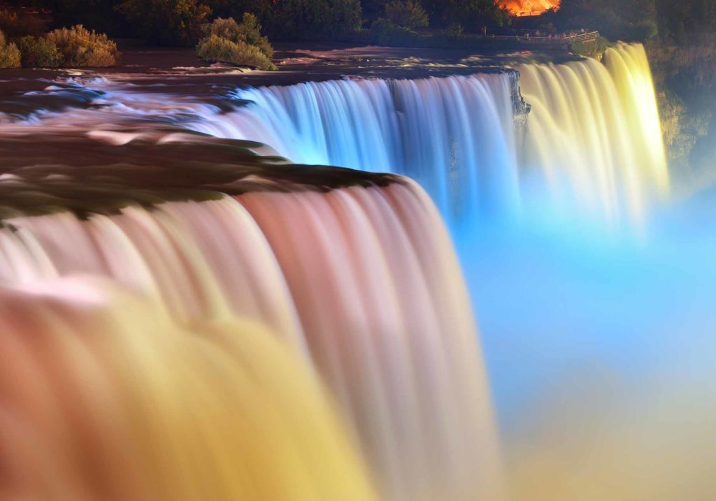 christmas-cities-canada-niagara-falls-1024x717